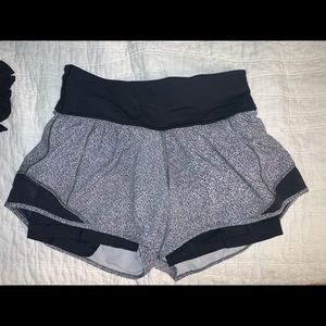 Lululemon shorts with built in spandex